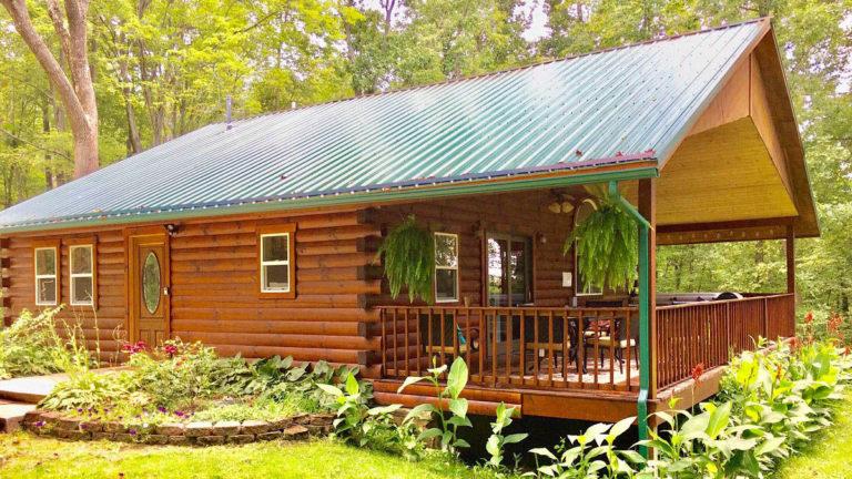 Forest Edge Cabin Hocking Hills